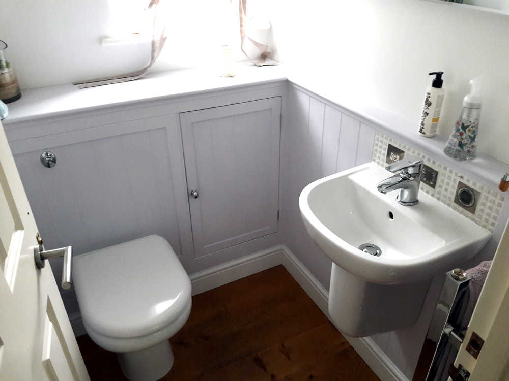 Carpenter in Chelmsford, Essex. Bathroom installation  F A Ingram in Chelmsford, Brentwood and Billericayd