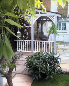 pretty-garden-shelter-0507_1w