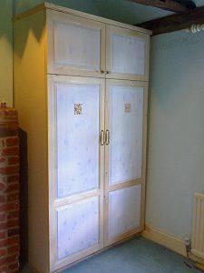 wardrobe-22062006124-1w